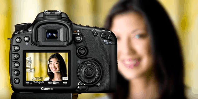 How to use live view mode in DSLR cameras (full guide)